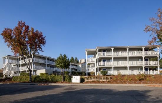 SureStay Fairfield - Exterior Entrance