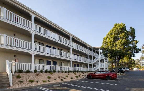 SureStay Fairfield - Parking